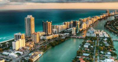 Miami - Miami Beach Skyline