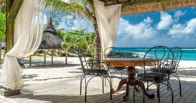Mauritius - View to the fantastic sea