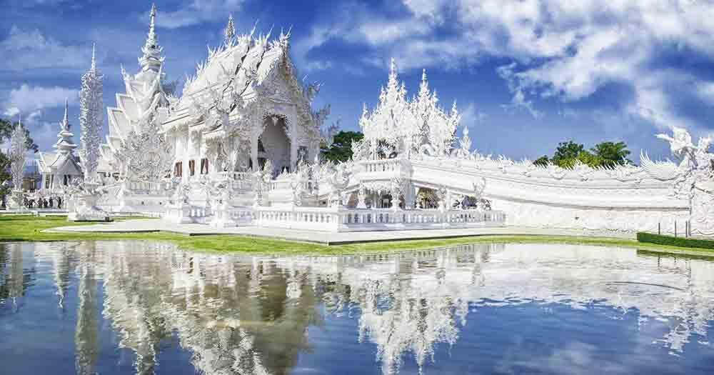 Chiang Rai - the white temples of Wat Rong Khun