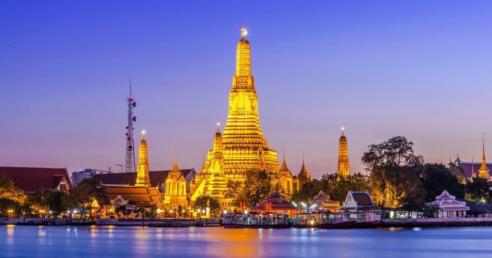 Bangkok - Prang of Wat Arun