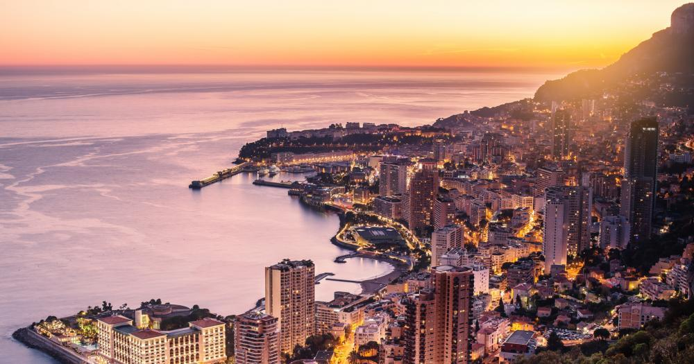 Monte-Carlo - View of the beach promenade at sunset