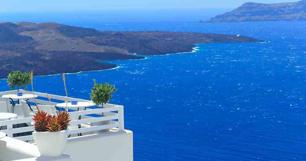 Santorini - View to the sea