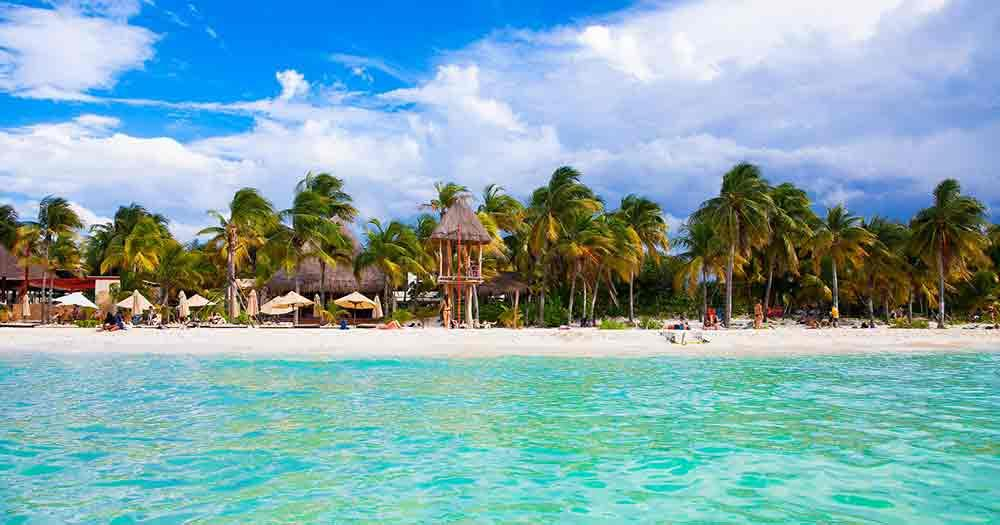 Cancun - View of the beautiful beach of the Riviera Maya