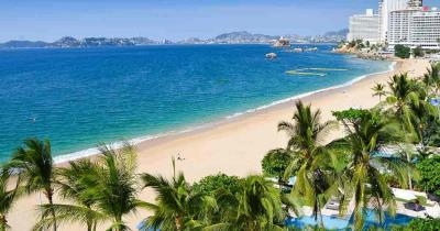 Acapulco - View from the hotel to the beach