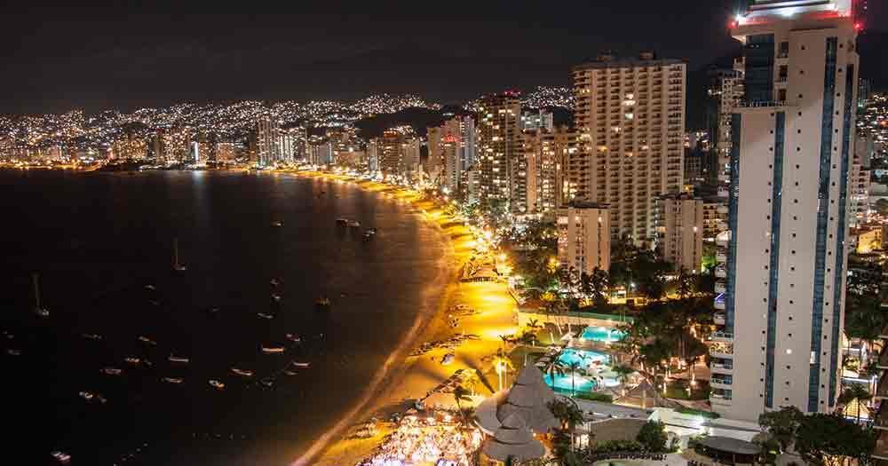 Acapulco - View of the beach promenade at night