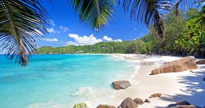 Seychelles - View of the beautiful beach