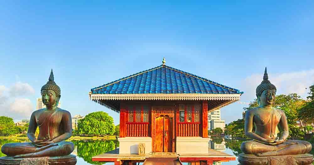 Sri Lanka - View on the temple